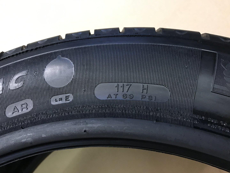 Nietypowy Okaz Tire Michelin Pilot Primacy 255 720 R490 AC 117H PAX System AW56